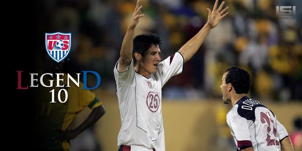 One of my best soccer moments, 1st US goal thanks to a #LegenD #ThanksLD Now lets go relax on a beach @landondonovan http://t.co/94Z02DgysU