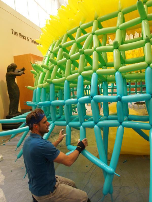 Catch artist Jason Hackenwerth in action before he's gone! Visit http://t.co/6JMYFmpkkz for more details. http://t.co/VE0vJJlb5q