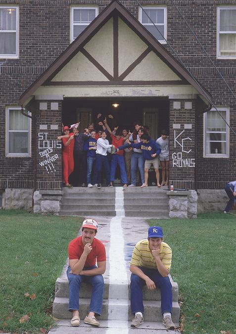 A line is painted down the middle of a Univ. of Missouri fraternity during the 1985 Cardinals-Royals World Series: http://t.co/rutw7O76L6