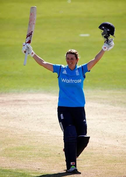 To vote for the legend that is @Lottie2323 to win @ICC People's Choice Award, tweet #Edwards #LGICCAwards PlsRT http://t.co/zi6k2qXwYw