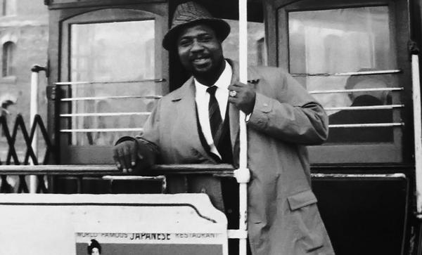 Happy 97th #Birthday, #TheloniousMonk (photographed on a #SF #cablecar, 1959, William Claxton). #jazz #bebop #piano http://t.co/g0lDYZ4QY4