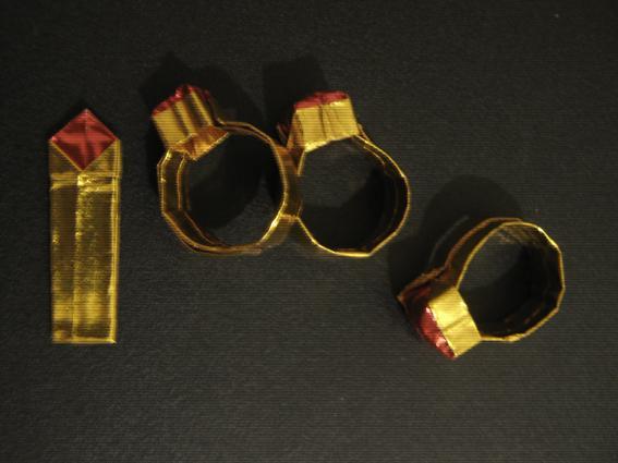 すべての折り紙 折り紙 箱 可愛い : 指輪の折り紙 これは簡単に ...