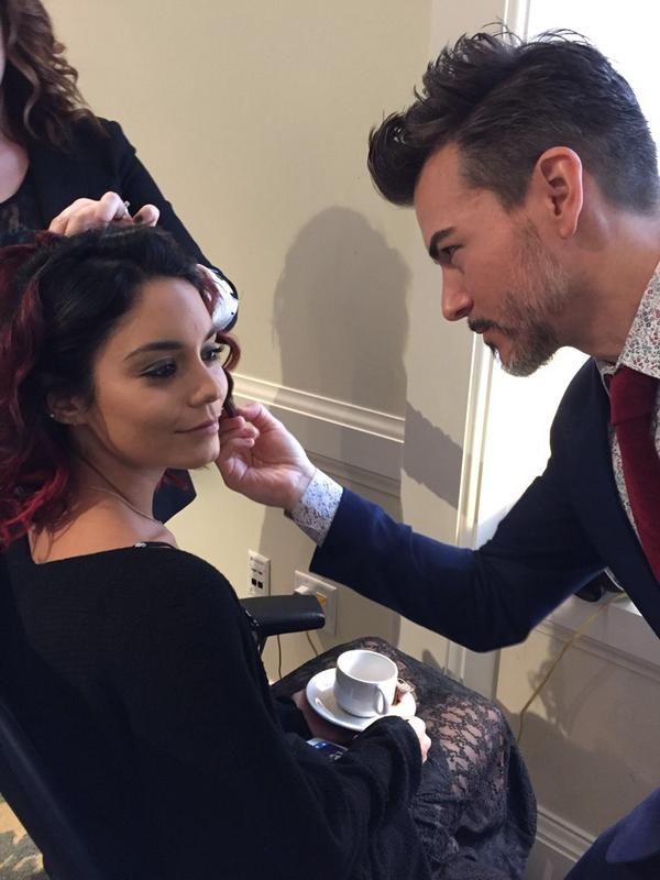 . @VanessaHudgens get's prepped by #chantecaille global artist, Fernando at the @globalgreen gala! #GorgeousGreen http://t.co/OATk03fQbP