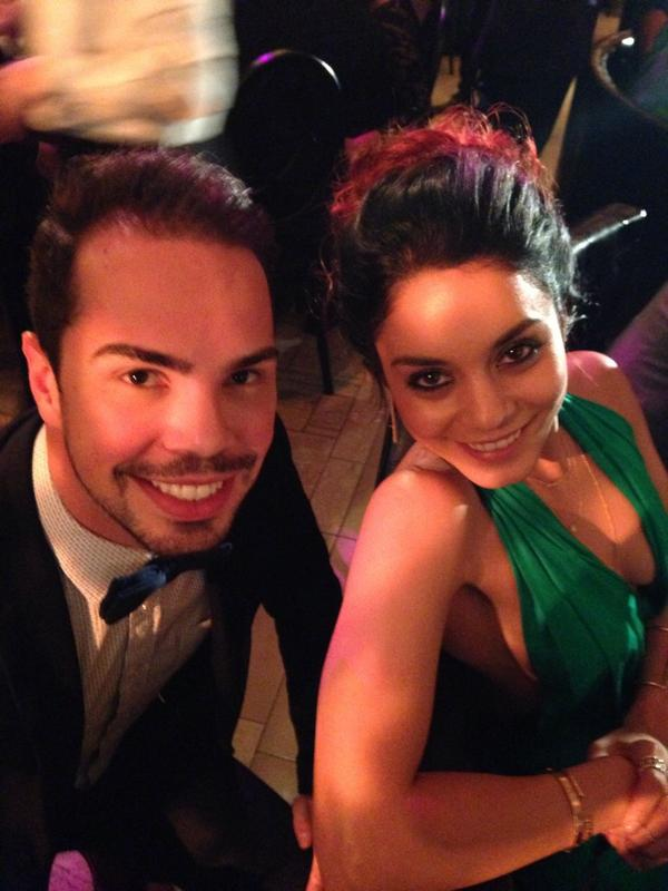 Sneak peek of our #holiday look on @VanessaHudgens at the @globalgreen #gala. #GorgeousGreen http://t.co/uL1BgC3iGq