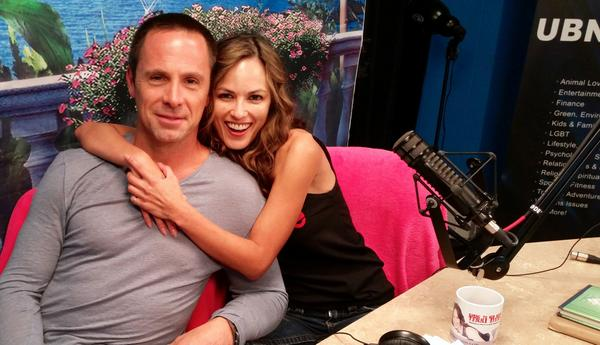 Would You be able to keep Your hands off @WilliamdeVry1??? WATCH NEW EPISODE #GTBTI http://t.co/gPYfU0nLMR http://t.co/ZGqHAuAQyA