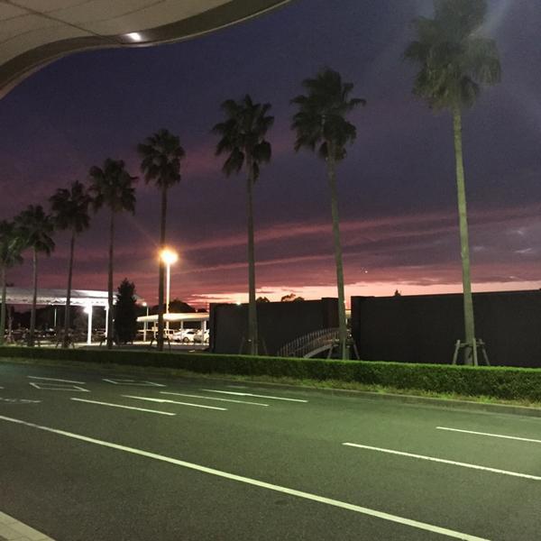 山口県の空港着いた瞬間、沖縄かと思った笑 http://t.co/WsCYUfURgb