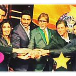 RT @iamsrk: A good evening at KBC shoot. Brain teasers..jokes & dance. & of course Big B's Birthday. Thank u & Happy B' Day sir. http://t.c…