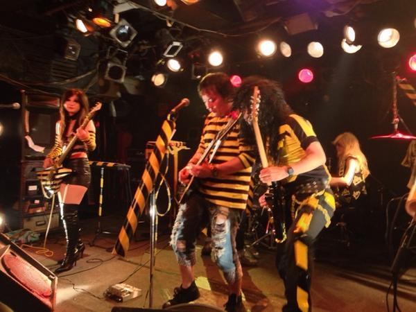 ZTRYPER(STRYPER tribute band in Japan) 東京公演@目黒ライブステーション。昨年のイベントの時と違い、お客さんとして盛り上がれるのは嬉しい。ありがとう!#StryperJapan #ストライパー http://t.co/3oYAX07ZwE