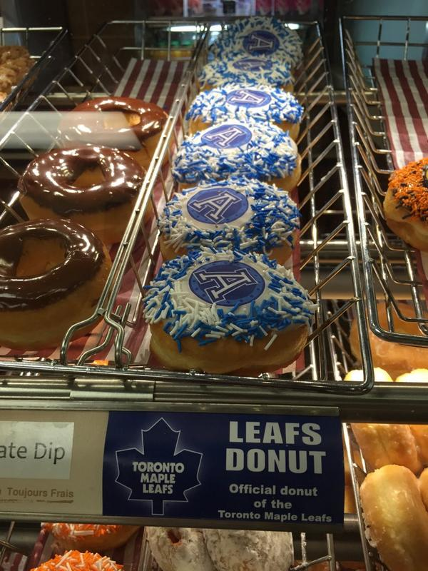 Tim Hortons donut person... You had one job!! http://t.co/HCfNLIkkxE