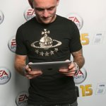RT @EAMobile: .@MKDonsFC defender Lee Hodson knows how to get his #FIFA15 fix anytime, anywhere.
