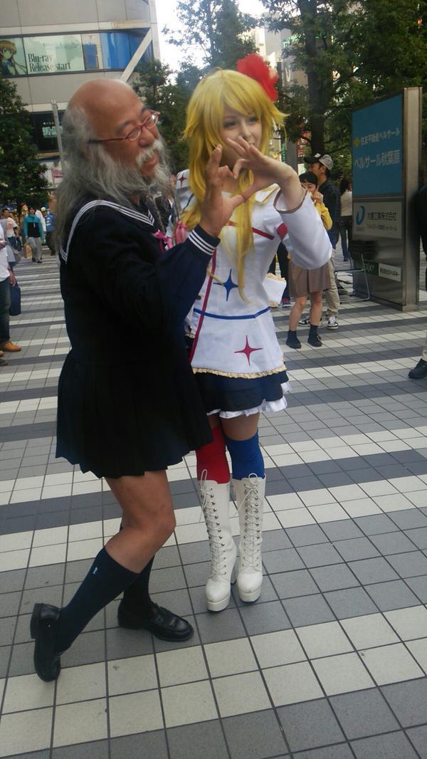 セーラー服おじさんいた!! #akiba http://t.co/hIERKatvWp