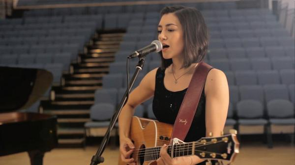 VIDEO: My version of Iris by @googoodolls - 1 of the first songs I posted on @YouTube :) http://t.co/xT7kPr4ilk RT! http://t.co/5Q0oy6fqoS