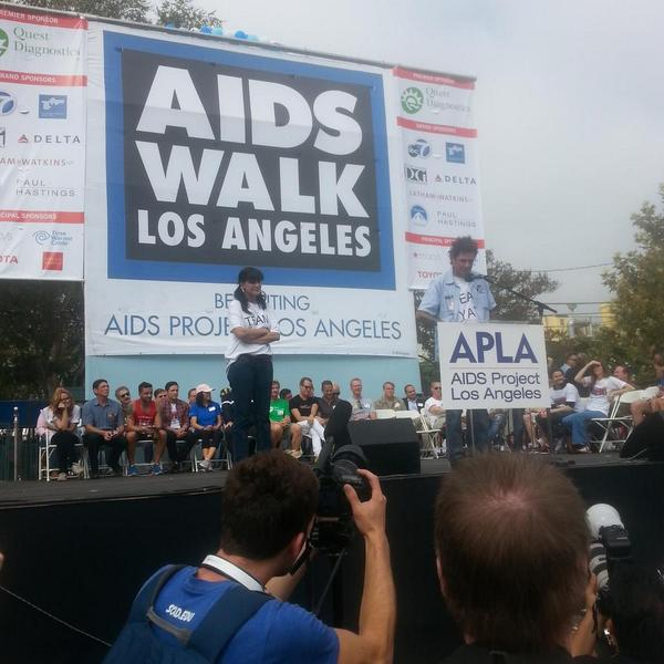 @EvelDick and @PauleyP  join us to fight the stigma behind HIV/AIDS http://t.co/UteXlE3rKD