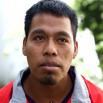 """@epigmenioibarra: Estudiante Ayotzinapa q sobrevivió da testimonio dla masacre http://t.co/lcIAUFna4K http://t.co/h3Bb7jX1Fb"