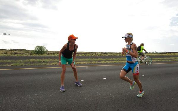 True support for @Mirindacarfrae from her close friend @juliedibens. This was mile 23 and they knew it was over. http://t.co/dTb2LticcD