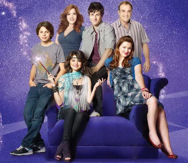 Today is the 7th anniv. since the 3 time Emmy winning Wizards of Waverly Place began Oct.12th. #7YearsOfWOWP #Honored http://t.co/kkJpeO9EEO