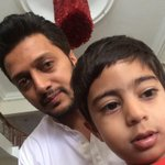 Avir also decides to take my phone n click a selfie @Amitisthename @aditi_ad http://t.co/RdPb00YqSO