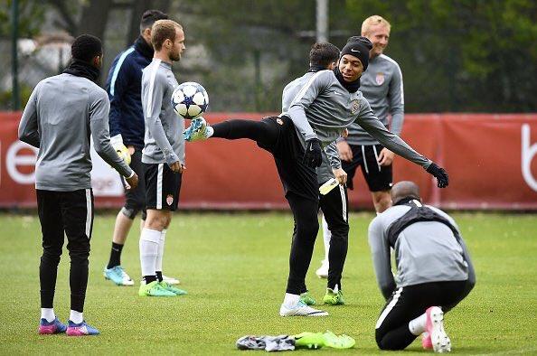 test Twitter Media - UCL ⭐️⭐️⭐️ @ChampionsLeague https://t.co/bQq6LR1gwu