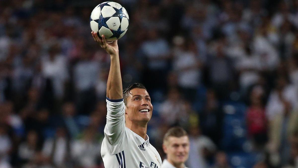 RT @InfobaeDeportes: La verdad detrás del falso gol 400 de Cristiano Ronaldo https://t.co/HJaqkrFcjk https://t.co/lJoCxlb2Fj