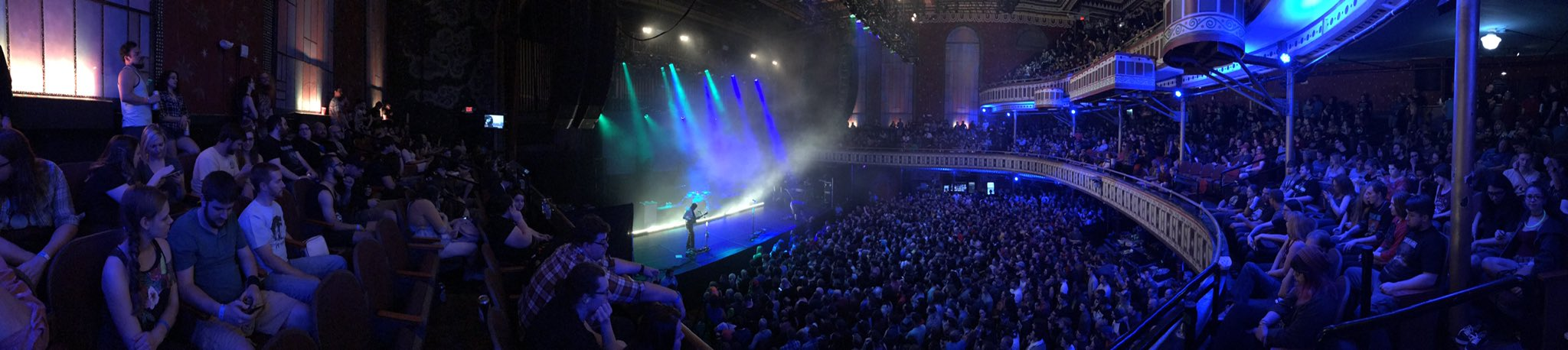 The best kind of #Neverender Is a sold out show! 🤘🏻 https://t.co/Btb8LjHbBb