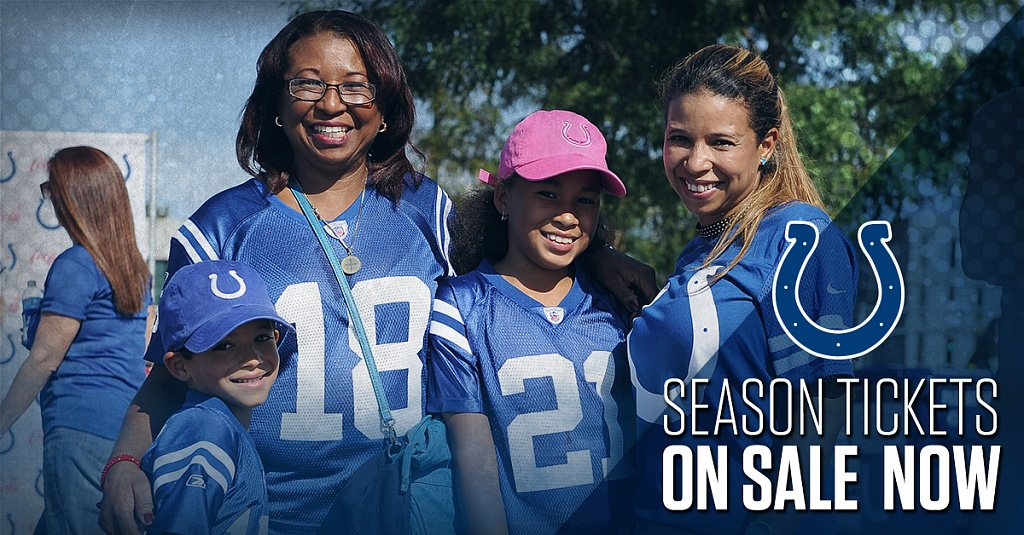 Become a part of the horseshoe!  2017 Season Tickets are on sale NOW: https://t.co/nzD4m1nahz https://t.co/S7NKgMjfLJ