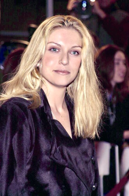 Happy birthday, Sheryl Lee !!