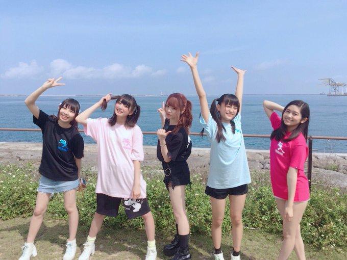 マジカルパンチラインの沖縄での配信を見て、改めて思った。 沖口優奈、浅野杏奈、清水ひまわり、小山リーナをこの年代で世に出したことだけでも、マジパンの役割は大きい。 今さらだけど本当にありがとう佐藤麗奈さん。 #マジパン https://t.co/p7RXbg5j2u