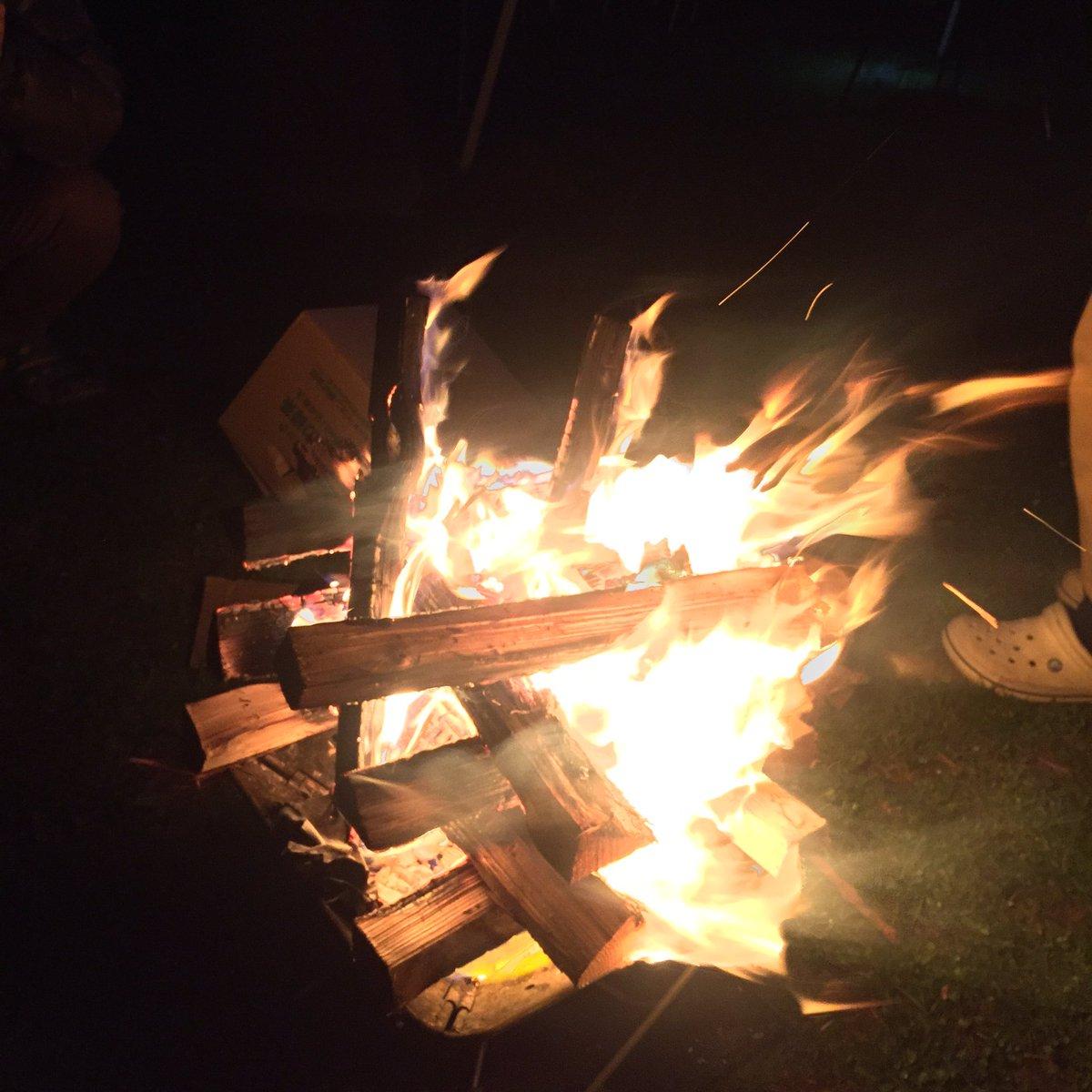 火を見ていると心が落ち着いてくるな…(ガルパンと比較してビビオペの事を悪く言っていたオタクの顔を思い出して怒りの感情を取