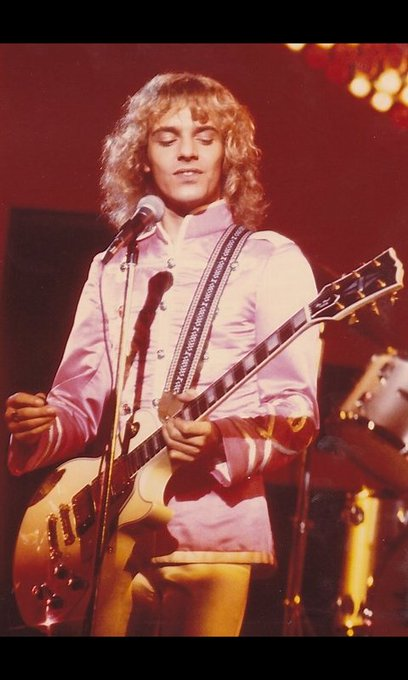 Happy birthday to the living legend Peter Frampton! An inspiration to me! All the love and everything of good!