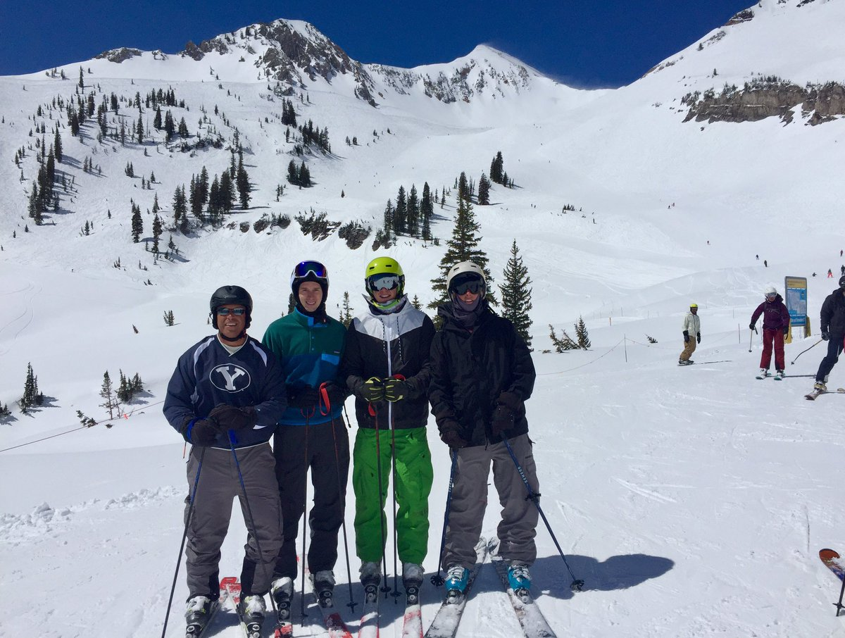 Spring skiing in Utah with my boys! Life is good at 11,000 feet! https://t.co/j1NOTb5YGI