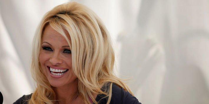 RT @leJDD: Pamela Anderson explique au #JDD pourquoi elle