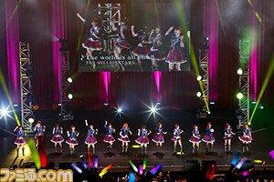 日替わり曲は「Happy!」&「Welcome!!」! 『アイドルマスター』初の海外単独公演、4月23日公演のオフィシャ