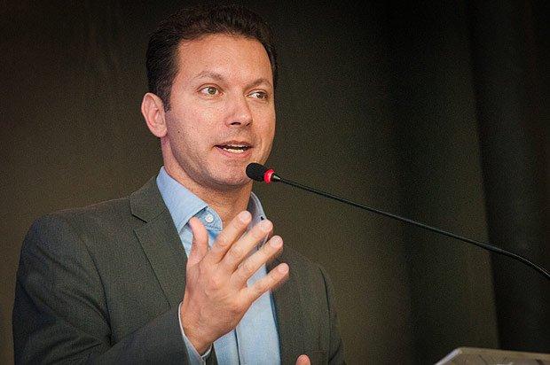 Doria incorpora o discurso que eleitor quer, afirma prefeito de Porto Alegre https://t.co/Pl4DmupeLn