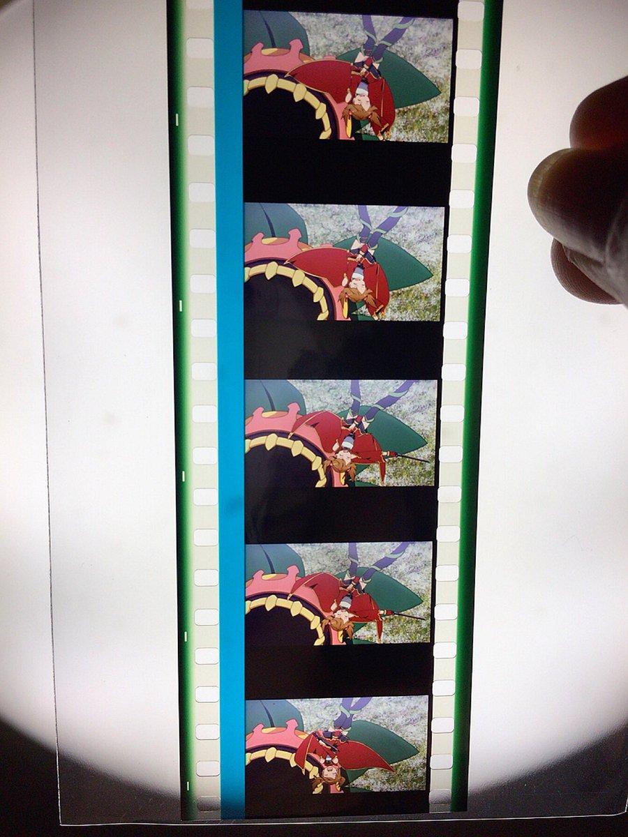 OS特典のフィルム、名シーンなだけあってすごくいいシーンだった⤴⤴⤴シリカパンツのとこだしユウキラスト感動するところだし
