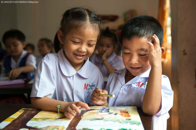 Happy World #BookDay 📖 What was your favourite book as a child?   #foreverychild