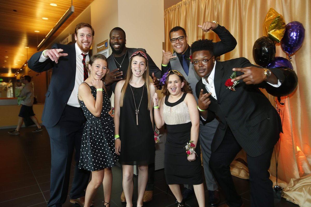 Dance! @49ers and @RAIDERS partner with UCSF Benioff Children's Hospital to host proms for young patients. https://t.co/Gb7urSLFFv