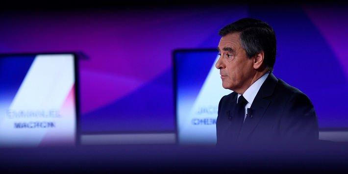RETOUR SUR CAMPAGNE : François Fillon, l'ancien favori terrassé par le PenelopeGate https://t.co/CCblzadyfQ par @GaelVaillant