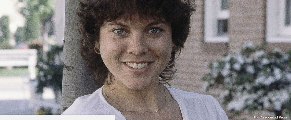 Erin Moran remembered by 'Happy Days' co-stars Ron Howard, Henry Winkler and other stars; she died Saturday at 56 https://t.co/noduQ0FZFk