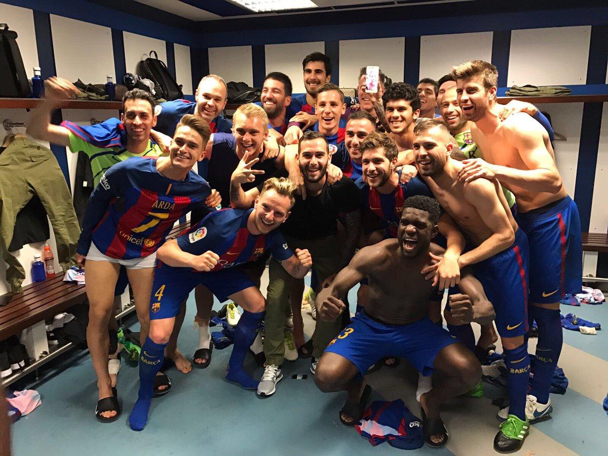 Un 10 para todos!!!! Grandioso equipo!!!! Força Barça!