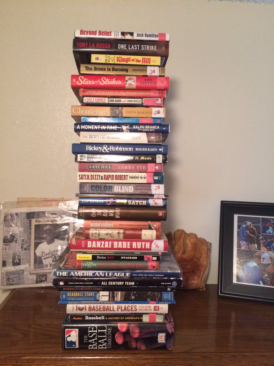 It's #WorldBookDay and I'm thankful for all the writers who have informed me about baseball over the years. #Shelfie https://t.co/tXTOeN1fSH