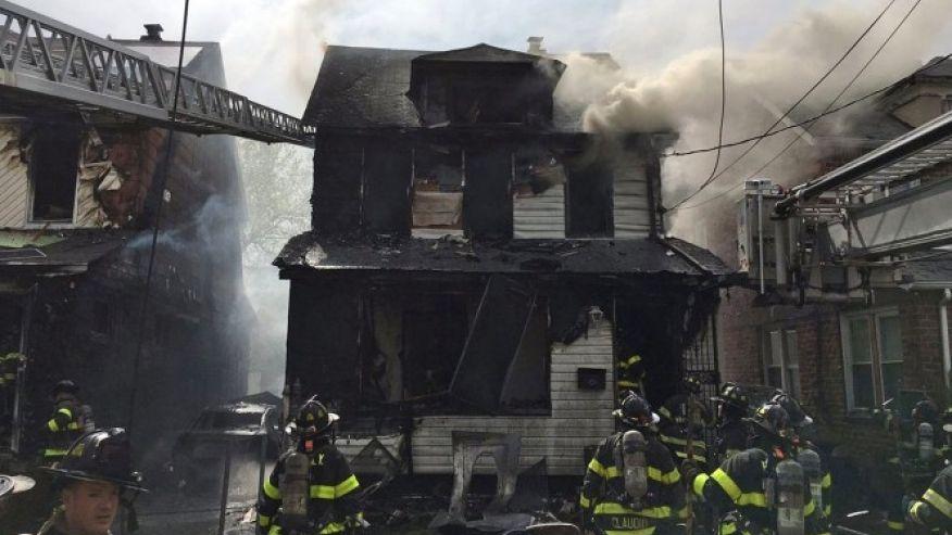 5 dead, including 3 children, in New York City house fire https://t.co/R48dDlyTpd