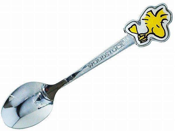二つ目新食器。温かい飲み物の隣に。『新商品Snoopy スヌーピーウッドストック スプーン(スマイル)』  540円(税