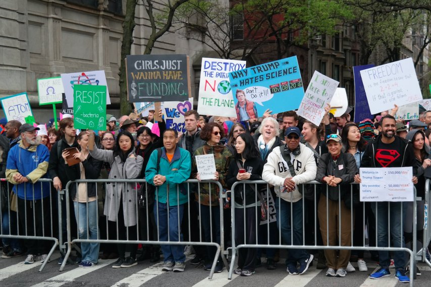 New Yorkers marched for science on Earth Day: PHOTOS
