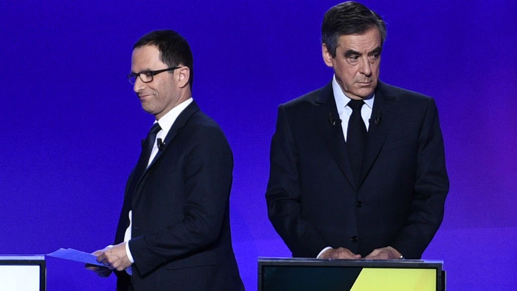 French voters reject mainstream politics in 'revolutionary' vote