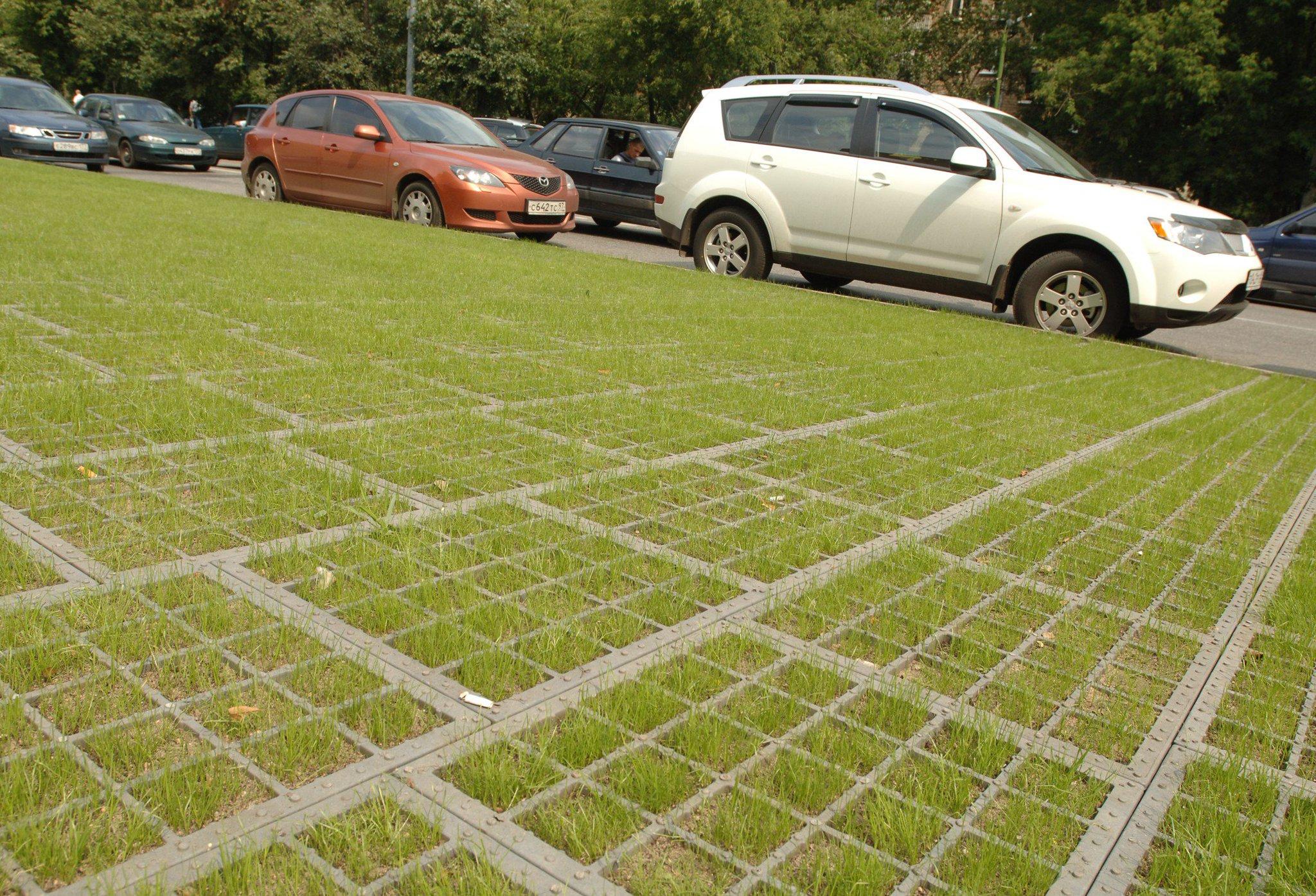 Как превратить газон в парковку и не влететь на штраф 12
