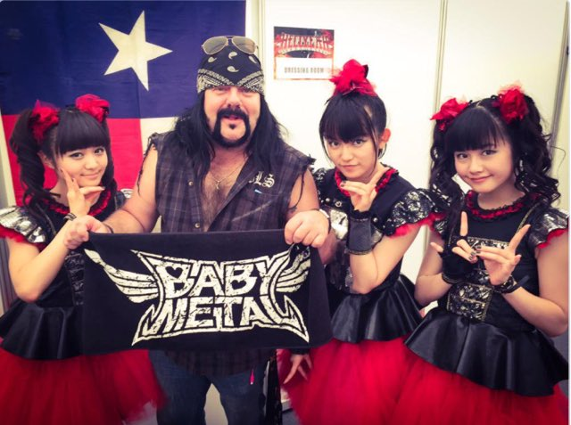 #throwback @BABYMETAL_JAPAN @hellyeahband #downloadfestival2015 👉https;//t.co/pZmFjQUvGI https;//...