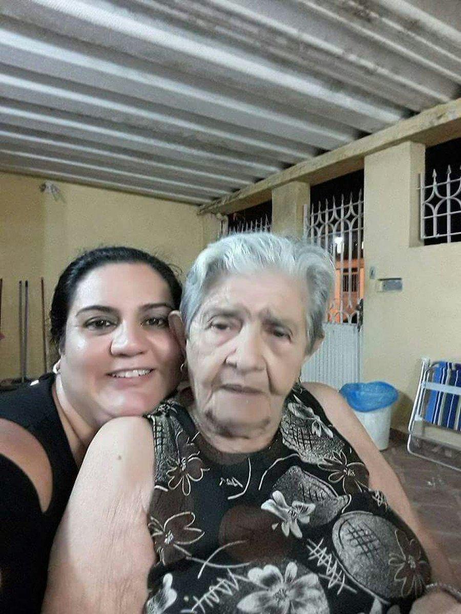 Idosa de 90 anos morre após ser espancada com serra durante assalto em Santos https://t.co/BSK7t0Oaly #G1