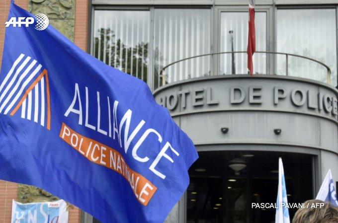 Le syndicat policier Alliance 'invite à voter contre la candidate du Front national' https://t.co/lCaZO5UGDK #AFP