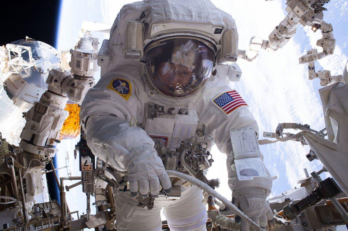 Astronauta Peggy Whitson bate recorde e é americana a passar mais tempo no espaço https://t.co/Aj63sMBbJZ #G1