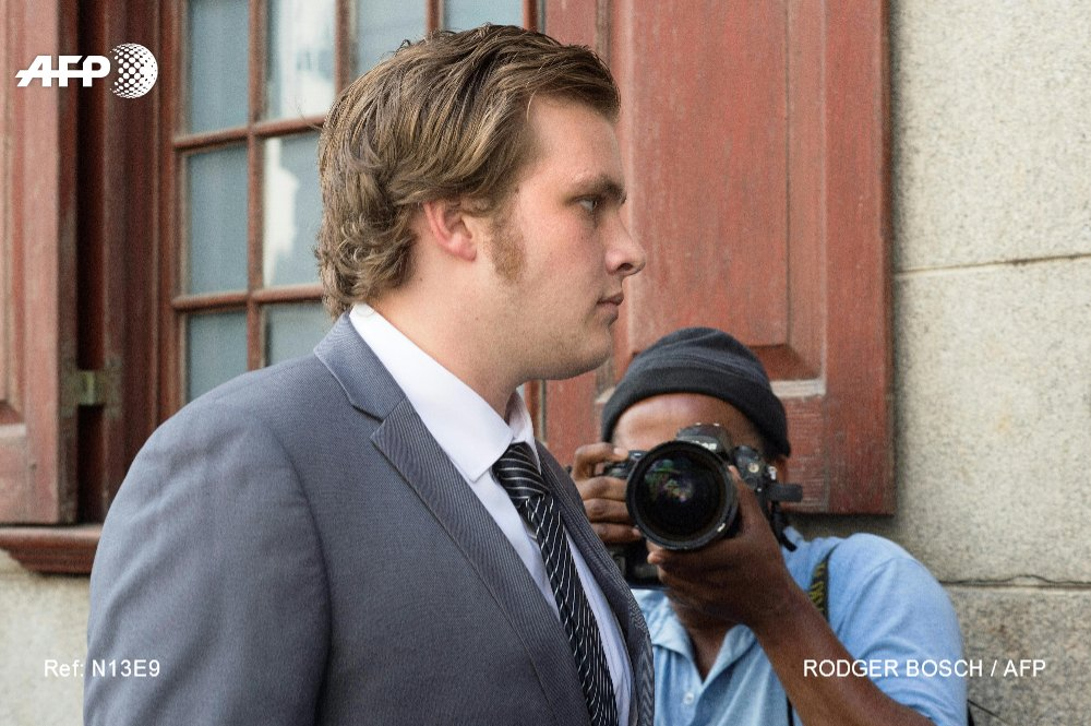A laughing axeman slaughtered my family, Henri van Breda tells South African murder trial https://t.co/DiLD72tjHi